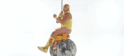 Her gjør Hogan som Miley