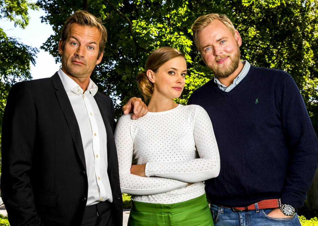 <strong>SIDE OM SIDE:</strong> Charlotte Frogner spiller i NRKs nye sitcom «Side om side» - med NRK-profilene Jon Almaas og Tore Sagen. Foto: NTB Scanpix