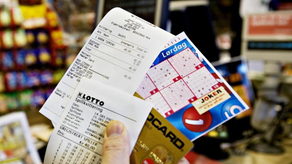 18-ÅRSGRENSE: Fra 1 november kan ikke barn og unge under 18 år spille lotto eller kjøpe flaxlodd.  Foto: NINA HANSEN, Dagbladet