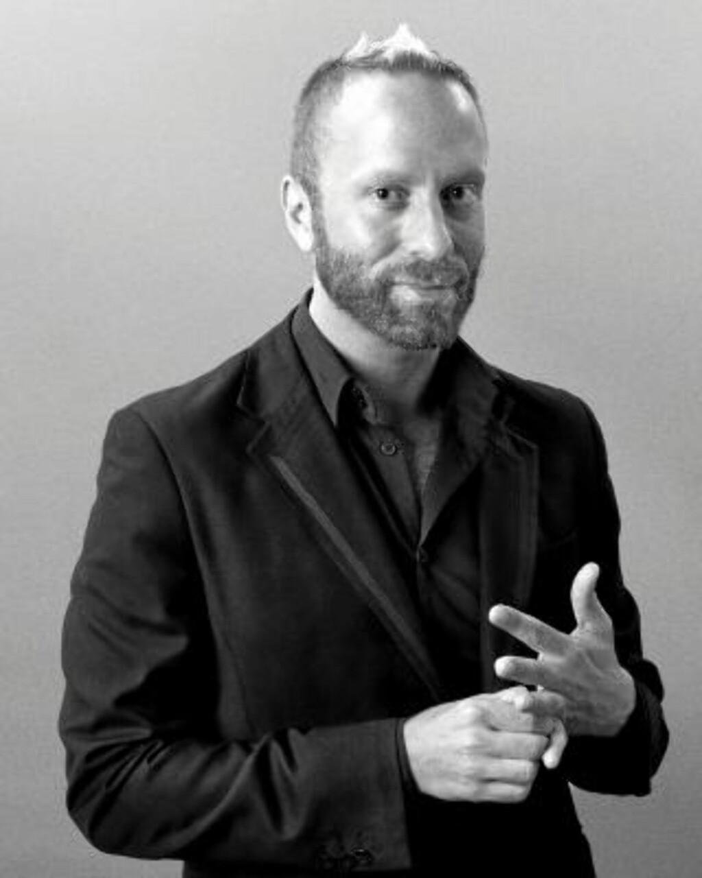 MAKEUPARTIST: Gregory Arlt er Mac sin kreative leder. Foto: Mac