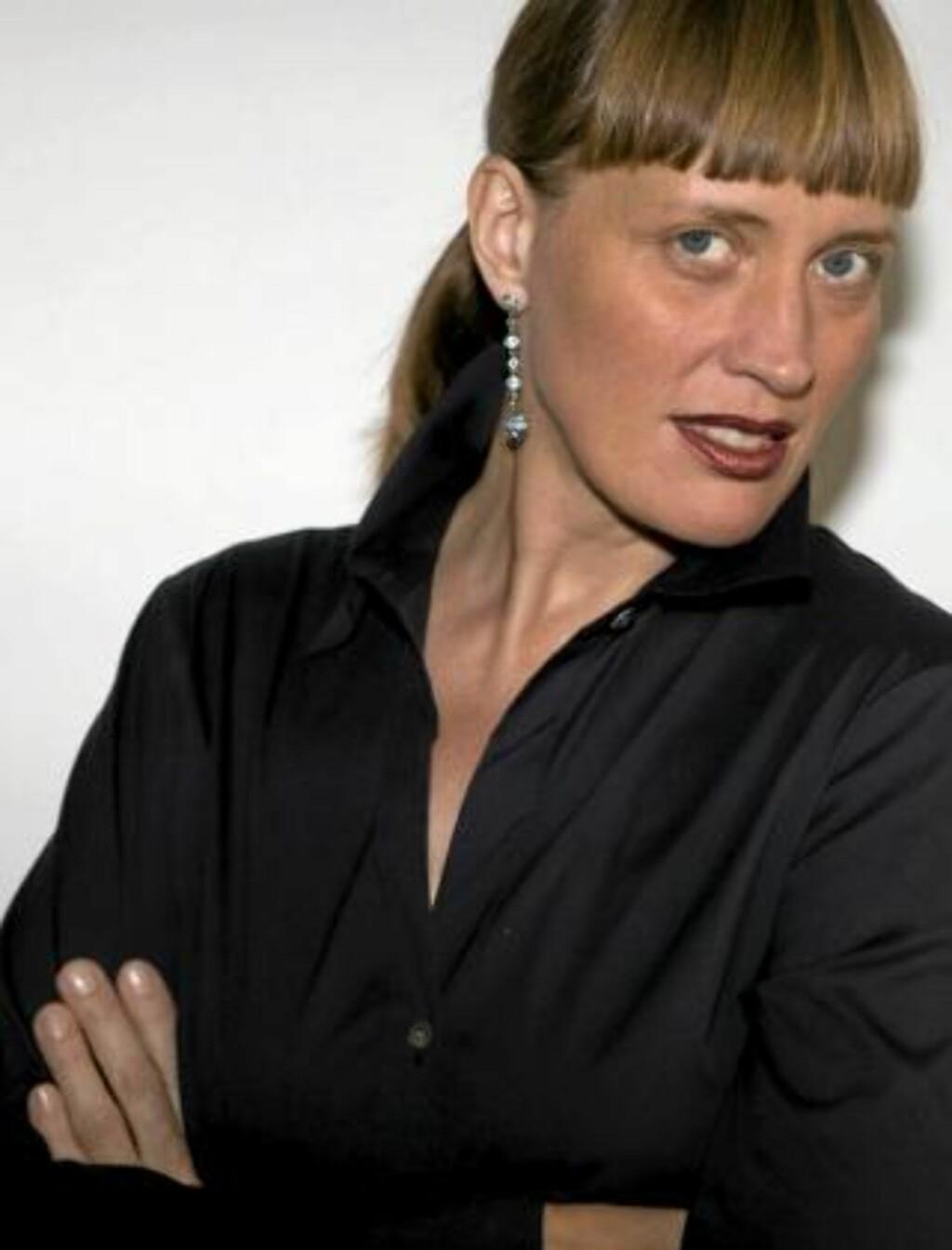 MAKEUPARTIST: Charlotte Willer er Maybelline sin globale makeupartist. Foto: Maybelline