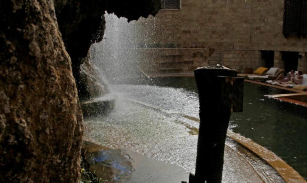 SPA: Jordan rir på en kraftig spabølge. Mange turister trekker til anleggene som utnytter lokale varme kilder.