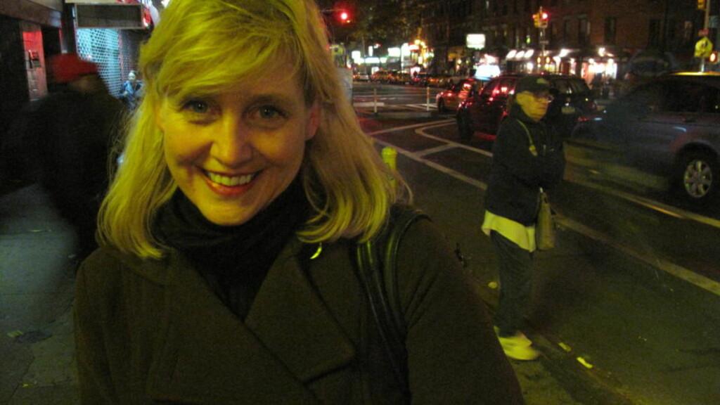 FØRSTE GANG REPUBLIKANSK:  Norskættede Elizabeth Oyen (48) er så skuffet over Barck Obama at hun stemte republikanerne i natt. FOTO: RANDI FUGLEHAUG/DAGBLADET.