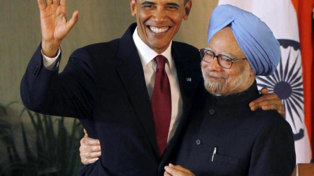 «LIKEVERDIGE PARTNERE» : President Barack Obama og Indias statsminister Manmohan Singh snakket varmt om amrikansk-indiske handelsforbindelser på pressekonferanse i New Delhi dag. Foto: Jason Reed/REUTERS.