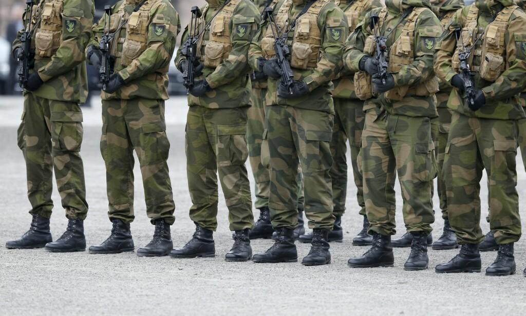 BEKYMRET: Befalets Fellesorganisasjon (BFO) mener det gir grunn til bekymring at Forsvaret nå skal bli bedre gjennom å redusere utvikling av våre ledere.Foto: Terje Pedersen / NTB Scanpix
