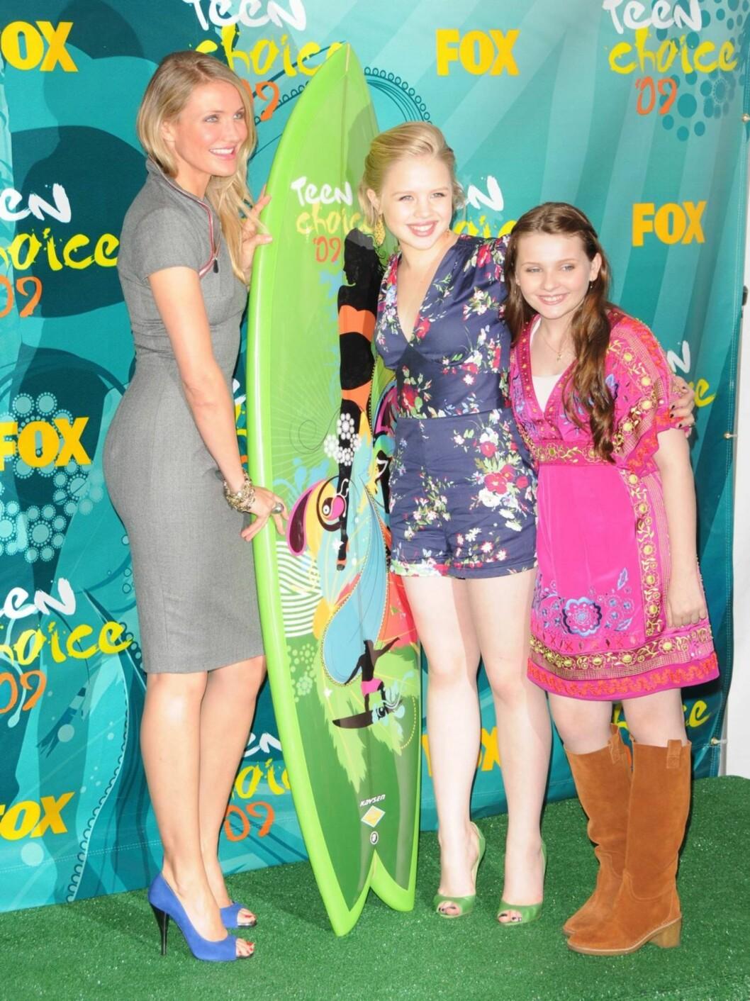"PRISVINNERE: Cameron Diaz, Abigail Breslin og Sofia Vassilieva vant pris for filmen ""My Sister's keeper"".  Foto: Stella Pictures"