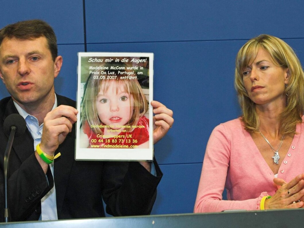 HÅPER FORTSATT: Gerry og Kate McCann har ikke gitt opp håpet om å finne Maddie, selv om det nå har gått to år siden jentungen forsvant i Portugal.  Foto: AP