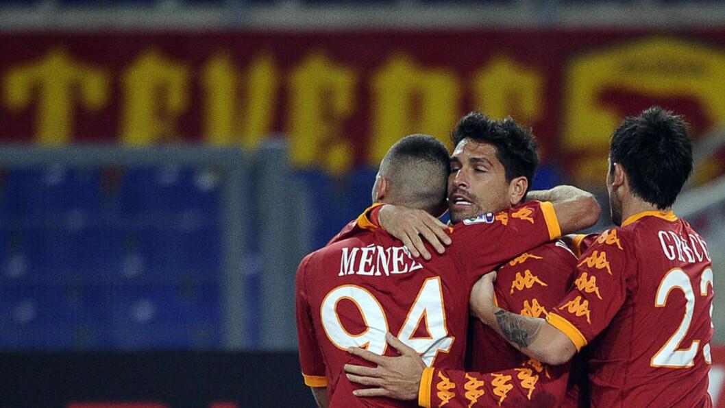 GOD KVELD: Marco Borriello scoret 2-0-målet i Romas seier over Udinese. Foto: SCANPIX/AFP/Filippo MONTEFORTE
