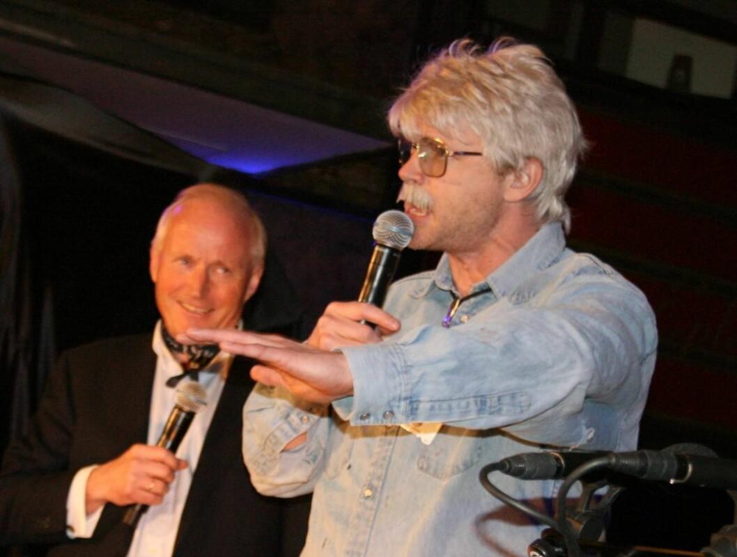 OSLOLOSEN: Christian Ringnes hadde invitert Oslolosen, aka Harald Eia, til å holde tale under teateråpningen.  Foto: Seher.no/Anders Myhren