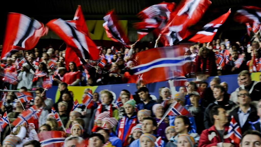 SELGES FØRST NESTE SOMMER: Norges Fotballforbund ber supporterne vente med kjøp av billetter til bortelandskampen Foto: Aleksander Andersen / Scanpix