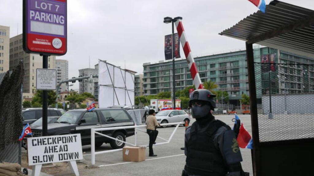 INVADERTE LOS ANGELES: Slik så det ut da det ble drevet reklame for «Homefront» i Los Angeles tidligere i år. «Nordkoreanske soldater» var overalt å se Downtown i byen. Foto: SNORRE BRYNE