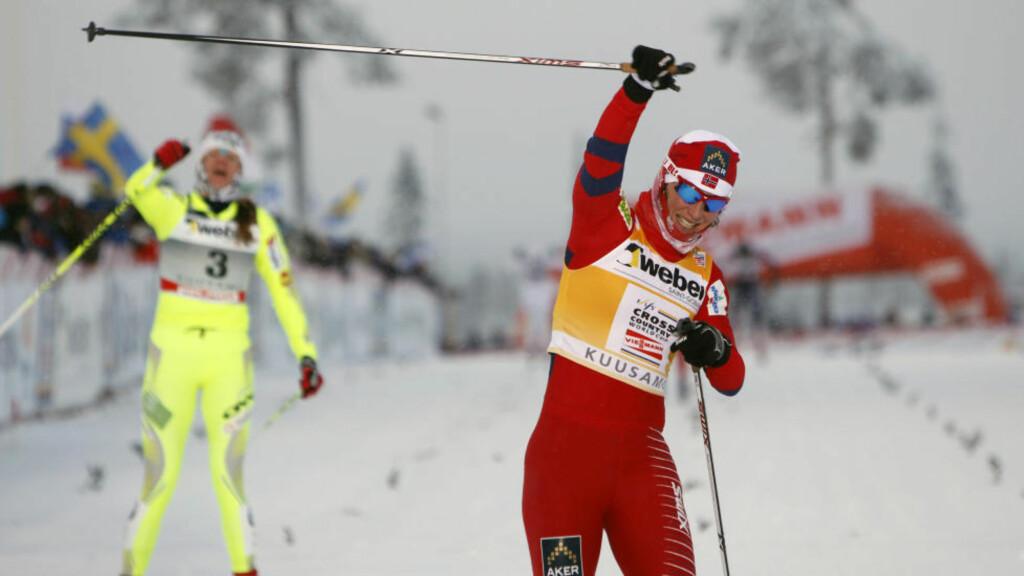 UTKLASSING: Petra Majdic (tv) var den eneste som fulgte Marit Bjørgen til en viss grad i sprintfinalen i Kuusamo. Ned til treer Astrid Uhrenholdt Jacobsen skilte det imidlertid så mye som åtte sekunder.Foto: Håkon Mosvold Larsen / Scanpix