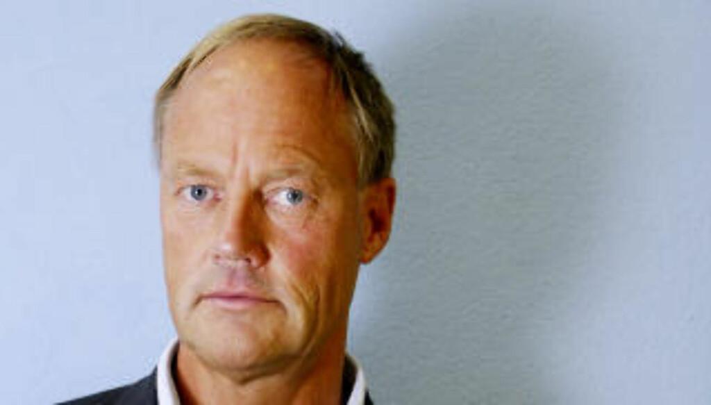 - RENT MEL: BI-professor Petter Gottschalk tror Yunus kan ha rent mel i posen - han sier at i finansverdenen er det ikke uvanlig å flytte penger for å få avkastning. Foto: Ida von Hanno Bast