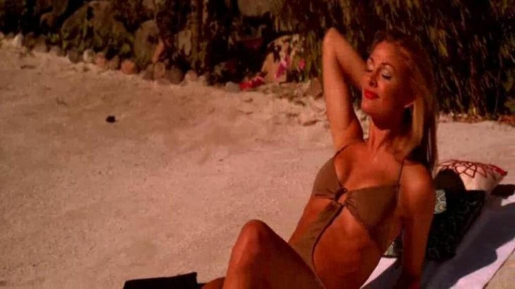 LETTKLEDD:  Her er Jenny Skavlan i «Tomme tønner 2». Den 2. januar har filmen kinopremiere. Foto: Euforia