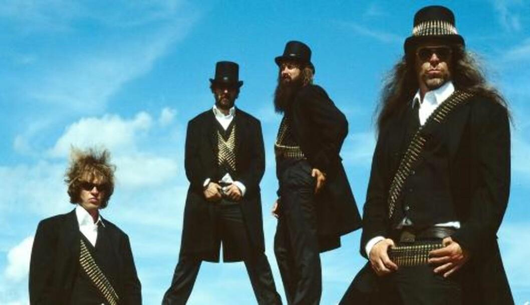BLACK DEBBATH: Norges eneste politisk-humoristiske stonerrockband. Aslag Guttormsgaard til venstre.