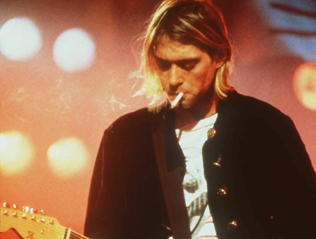 SVINDLET: Kurt Cobains enke, Courtney Love, hevder at en mann og en dame har svindlet Cobain-familien for nærmere èn milliard kroner.  Foto: AP