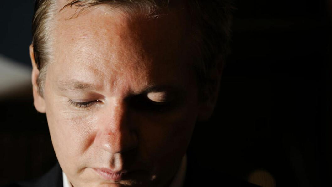 <strong>PÅGREPET:</strong> Wikileaks-sjef Julian Assange ble i dag pågrepet av britisk politi. Han vil møte i retten senere i dag. Foto: AFP Photo/Fabrice Coffrini/Scanpix