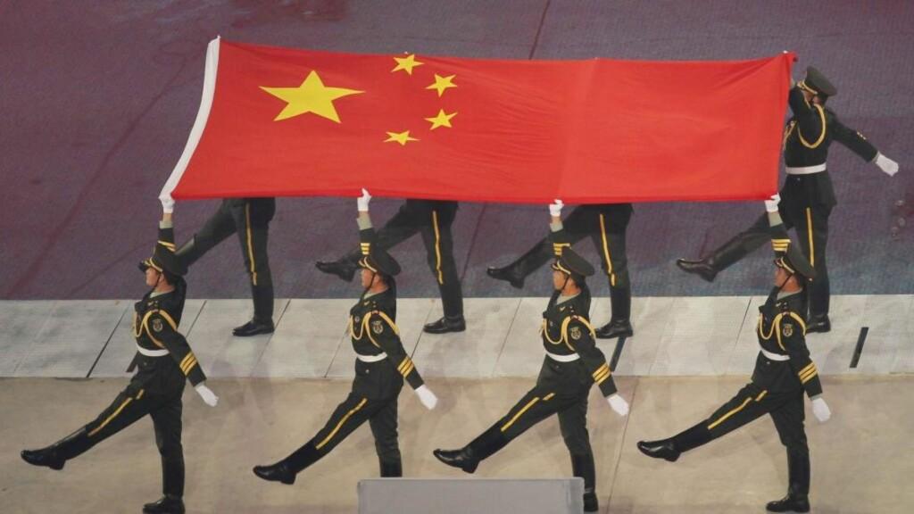 SYMBOL PÅ FRED: «Kina er et symbol på fred, samtidig som landet har makten til å oppretholde freden. Med mer enn én milliard innbyggere burde landet ha en sterkere stemme i spørsmålet om verdensfred», skriver juryen til den nye fredsprisen i en pressemelding. Foto: SCANPIX