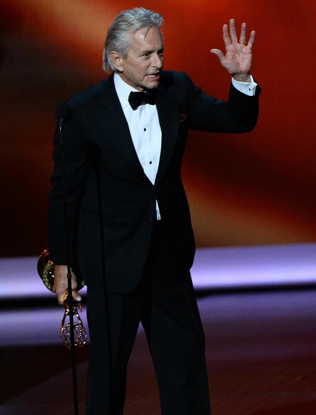 RING PÅ FINGEREN: Michael Douglas bruker fremdeles gifteringen etter seperasjonen fra Catherine Zeta-Jones. Foto: Stella Pictures