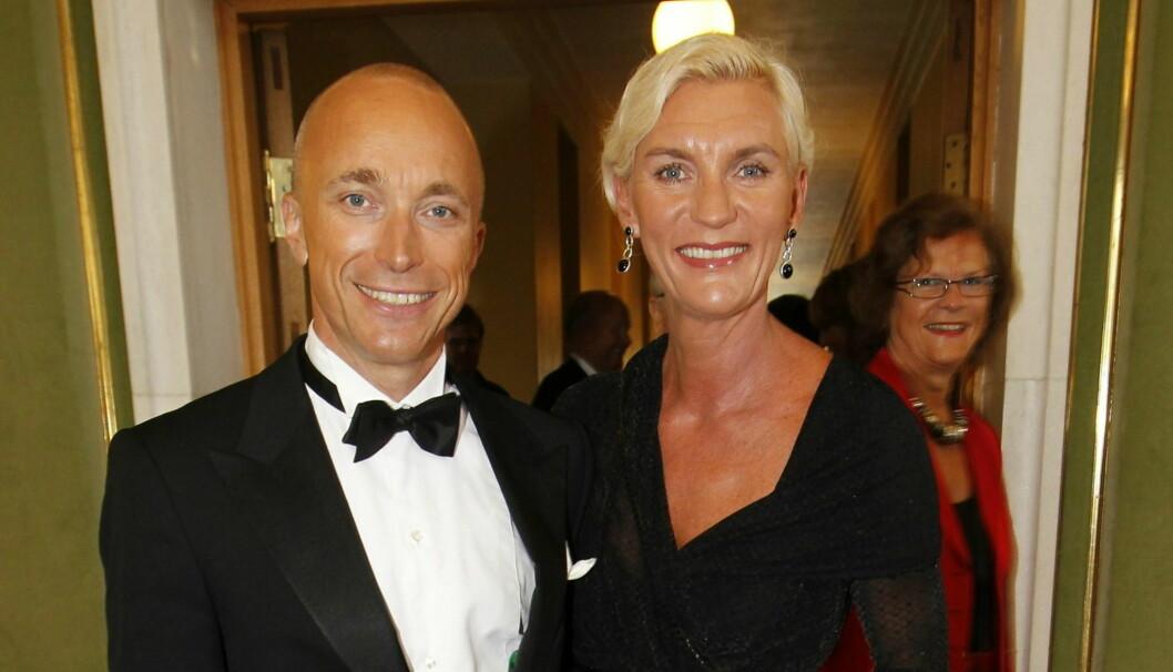 <strong>BRUDD:</strong> Åsleik og Helle Engmark har gjort det slutt etter over 15 år som mann og kone. Her fra da de to var til stede ved Amandaprisen i Haugesund i 2010. Foto: NTB scanpix
