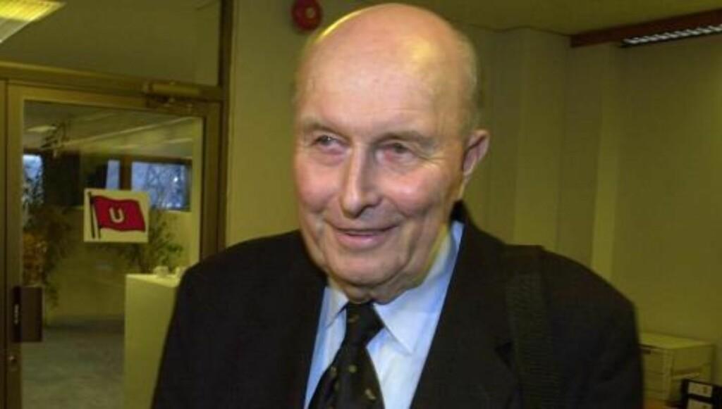 BLIR I FAMILIEN: Johan Jørgen Ugland døde i mars, og har hoppet over et ledd i arverekkefølgen ved å overlate selskapet tilKnut Nikolai Tønnevold Ugland.