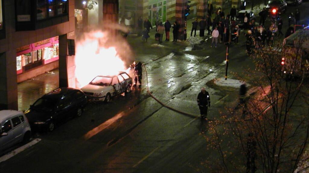 MIDT I BYEN: Dette oversiktsbildet viser hvor eksplosjonen fant sted. Foto: Günther Mårder