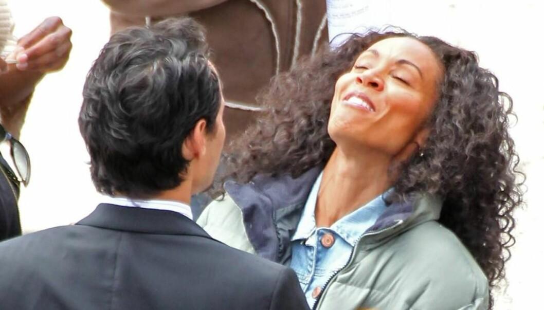 <strong>TATT PÅ FERSKEN:</strong> Ukebladet InTouch hevder Jada Pinkett Smith skal ha flyttet fra ektemannen Will Smith etter at han oppdaget henne sammen med Jennifer Lopez' eks-mann Marc Anthony, da han kom uanmelt hjem. Foto: All Over Press