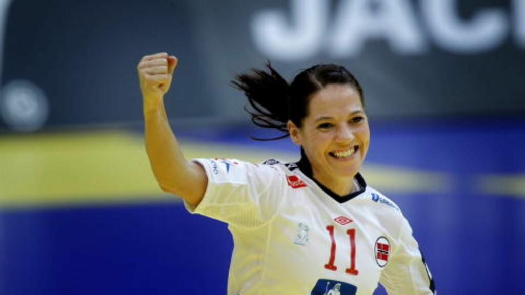 BLIR BEDRE: Kari Mette Johansen er på bedringens vei, men er likevel uaktuell for kveldens kamp. Foto: BJØRN LANGSEM