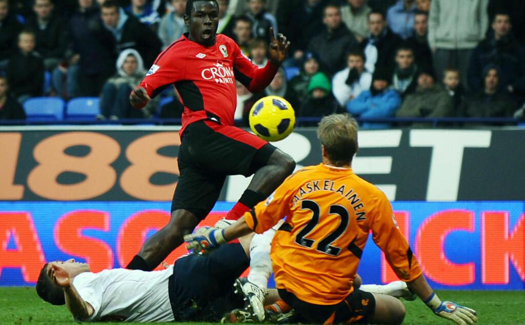 FINT MÅL: Mame Biram Diouf scoret et pent mål for Blackburn, men det hjalp lite borte mot Bolton.Foto: SCANPIX/AFP/PAUL ELLIS