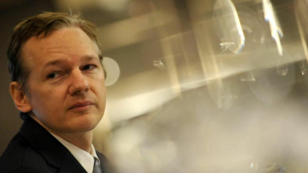 FÅR KONKURRANSE: WiliLeaks-sjef Julian Assange får nå konkurranse av nettestedt Openleaks som åpnet i dag, 13 desember. Foto: AP Photo/Lennart Preiss/File