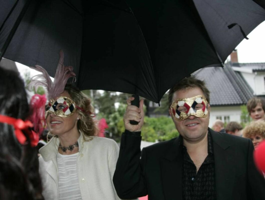 Arne Hjeltnes og kona. Foto: STELLA PICTURES