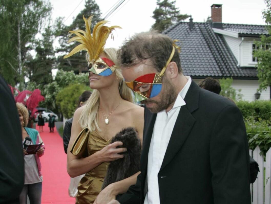 Christian Skolmen med kjæresten. Foto: STELLA PICTURES