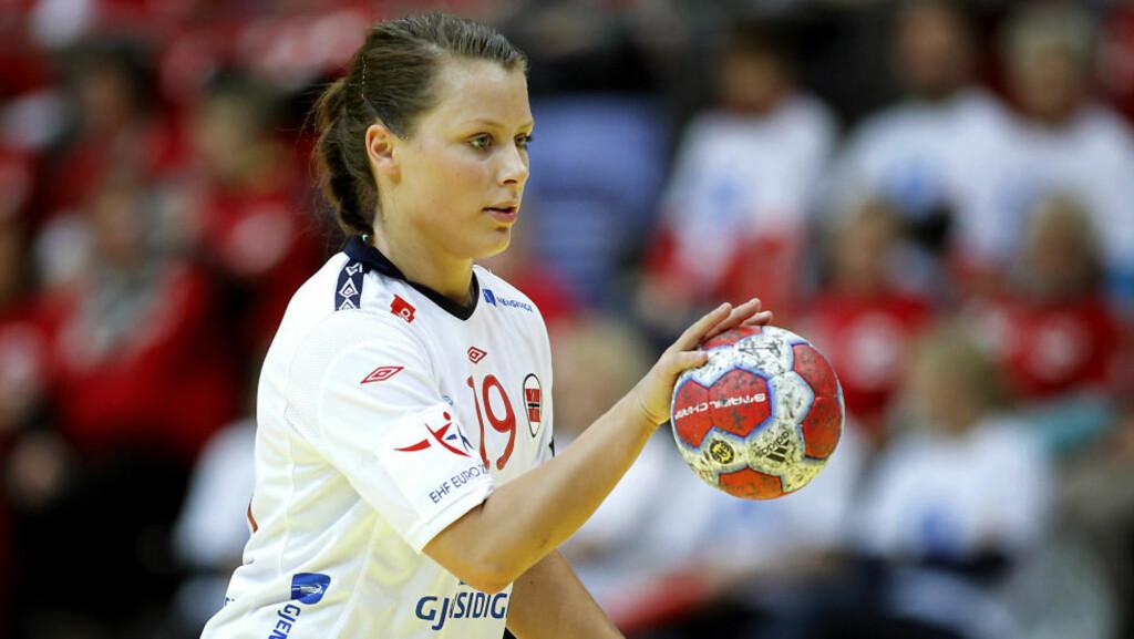 TRYGGEST: Nora Mørk er Norges beste straffeskytter til nå. Hun har sju mål på sju forsøk.