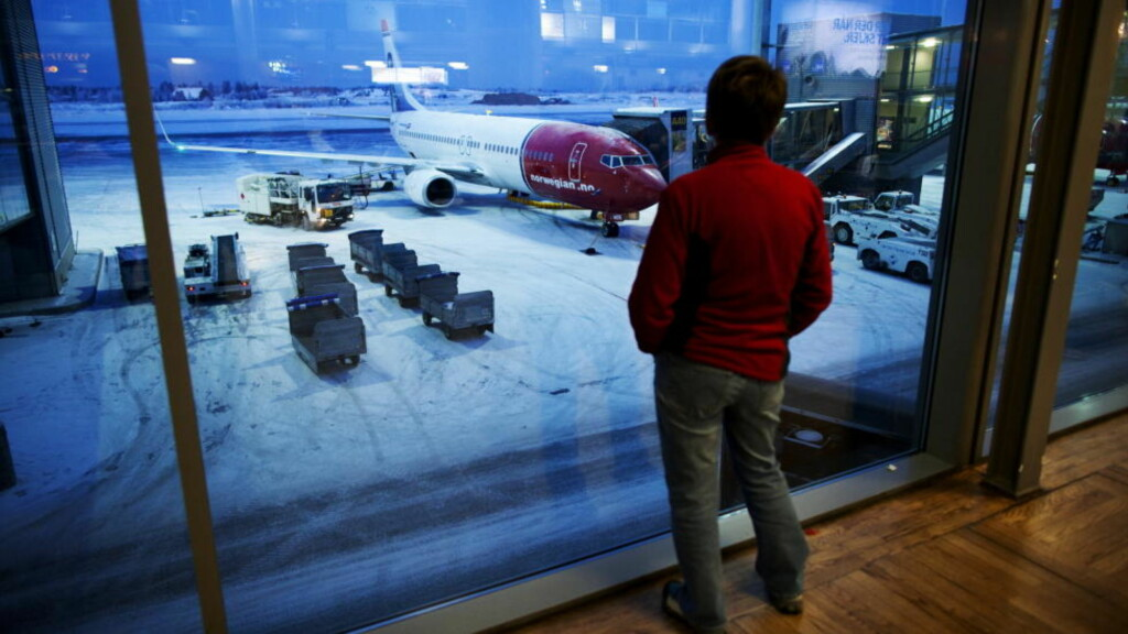 TRAFIKKEN STOPPET:  Alarmen gikk på Oslo lufthavn Gardermoen i morges, da en passasjer hadde sjekket inn en tom håndgranat. Arkivfoto: Kyrre Lien / Scanpix