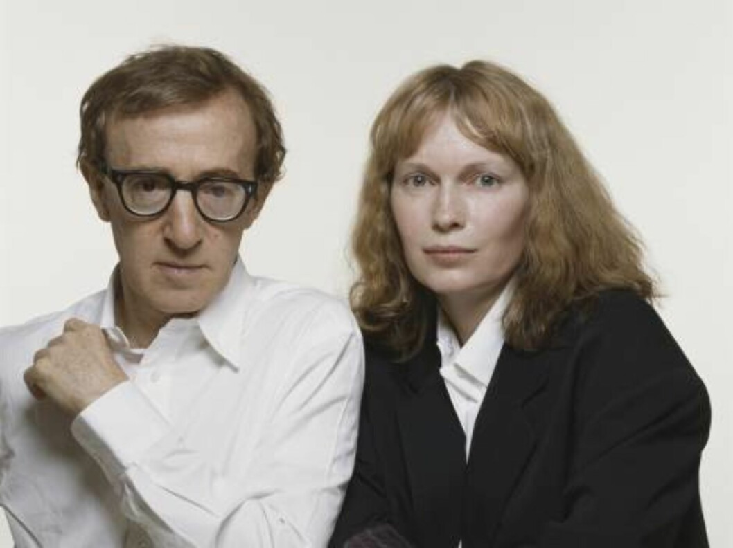American actor and comic Woody Allen with his partner, actress Mia Farrow, July 1987. (Photo by Terry O'Neill/Getty Images) 52181705 / ALL OVER PRESS Foto: All Over Press