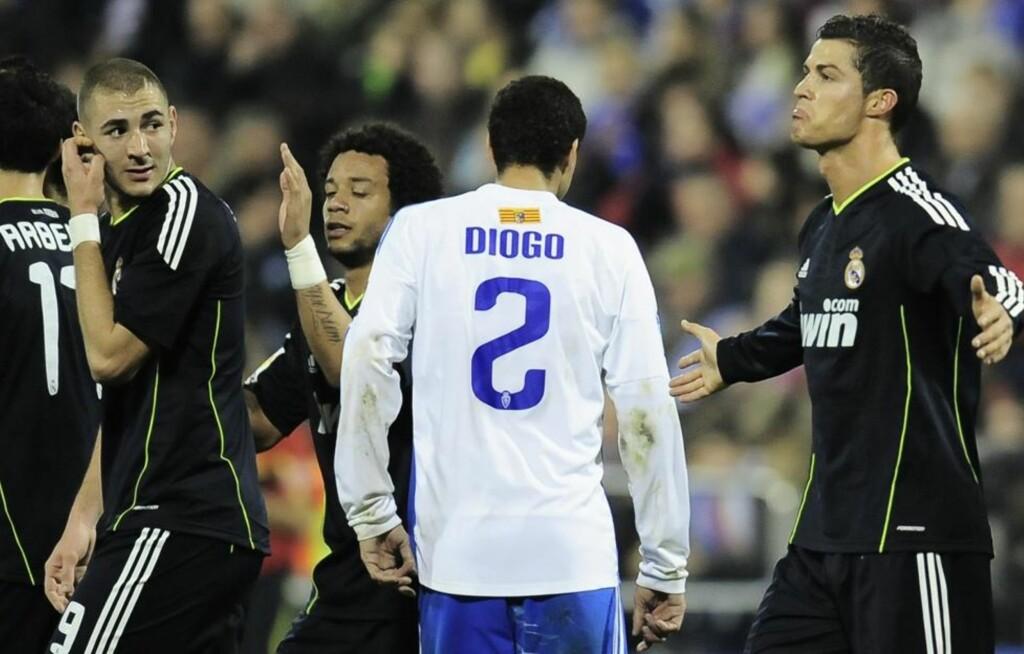 DÅRLIG LIKT?: Ifølge spansk presse har det dannet seg to tydelige klikker i Real Madrid-garderoben: Én som støtter Ronaldo, og én som støtter Casillas.  (AP Photo/Alvaro Barrientos)