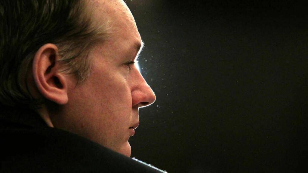 KJØR ÅPENHET: De svenske kvinnene som har anmeldt Julian Assange, blir offentlig mistrodd.  Debatten på Twitter handler ikke direkte om saken, men om seksuelle overgrep, grenser og gråsoner.   Foto: Reuters/Scanpix