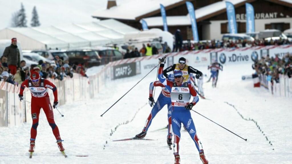 TAPTE PÅ OPPLØPET: Petter Northug hadde lite å stille opp med mot russiske Maxim Vylegsjanin. Etterpå skyldte nordmannen på dårlig preparert oppløp.Foto: Laurent Cipriani, AP/Scanpix