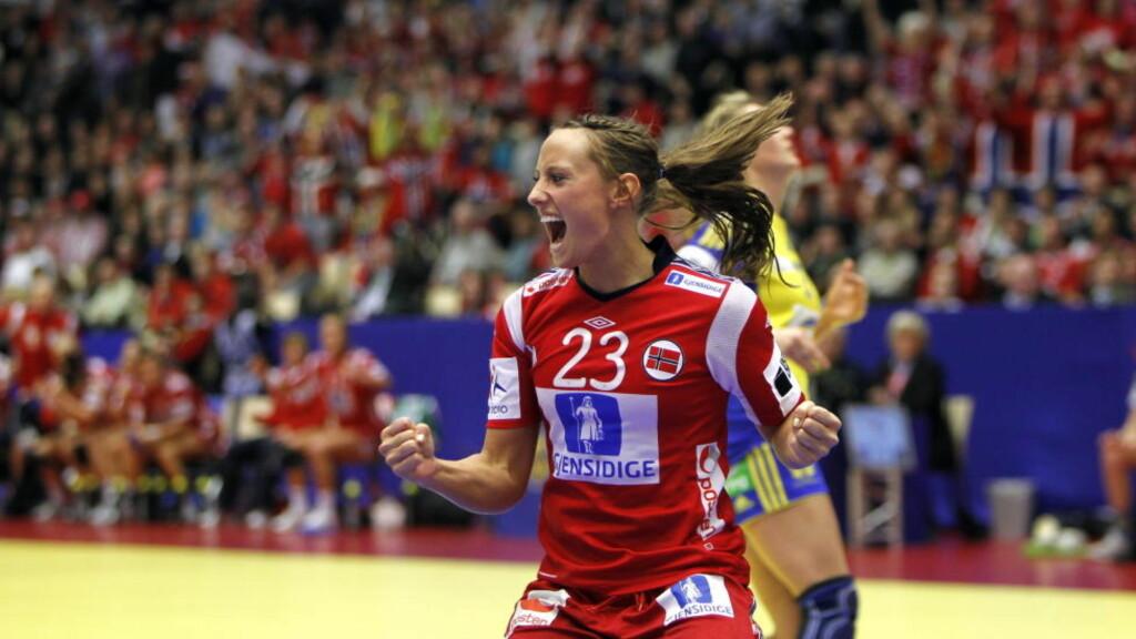 SVENSKEBANK: Camilla Herrem og Norge løp fra svenskene i andreomgangen. Foto: GORM KALLESTAD/SCANPIX