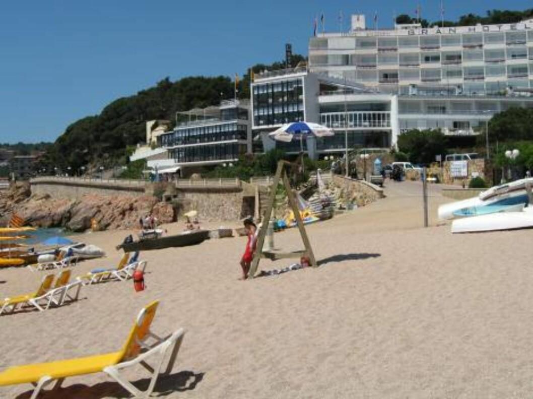 <strong>FLOTT BELLIGENHET:</strong> Hotel Gran Reymar, som Star Tour bruker, ligger så og si rett på stranden. Foto: Per Tandberg