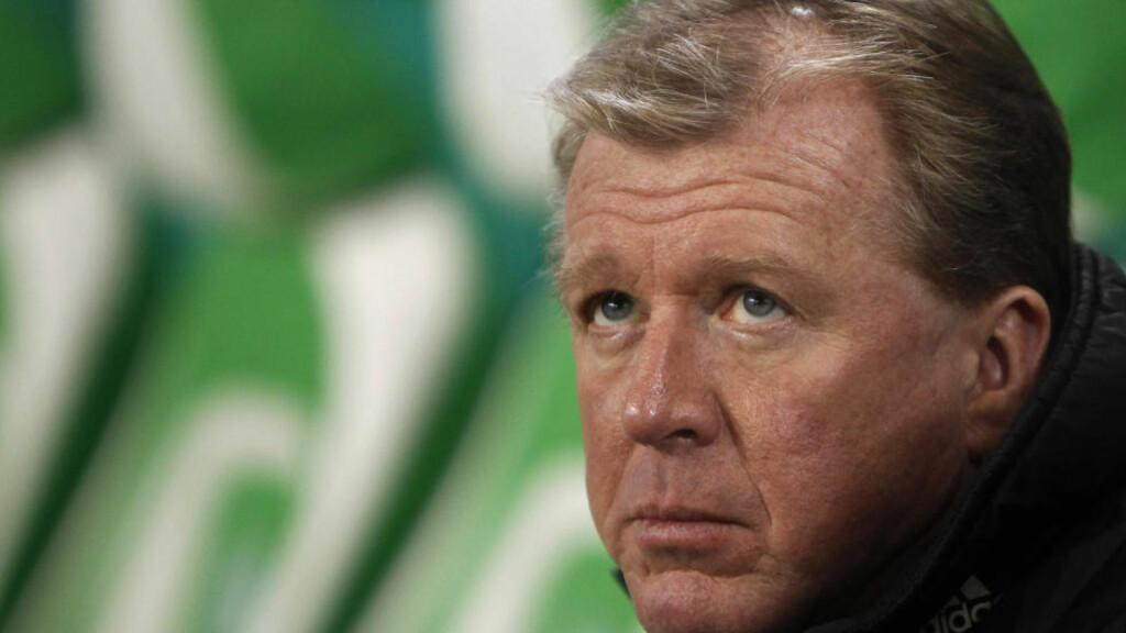 NEDTUR: Steve McClaren deppet etter onsdagens cuptap. Nå kan engelskmannen miste jobben som Wolfsburg-trener. Foto: Christian Charisius, Reuters/Scanpix