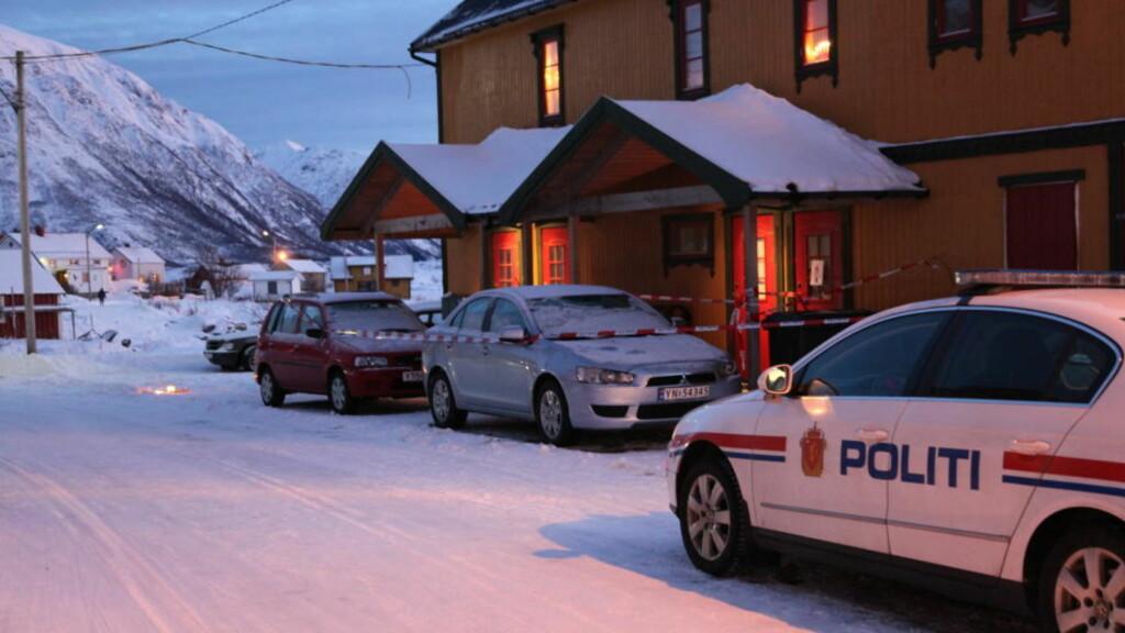 ETTERLYSER: Politiet jakter nå på en ukjent mannsperson som skal ha kjørt siktede fra Laukvik til Svolvær. Foto: Lisa Nøtnes