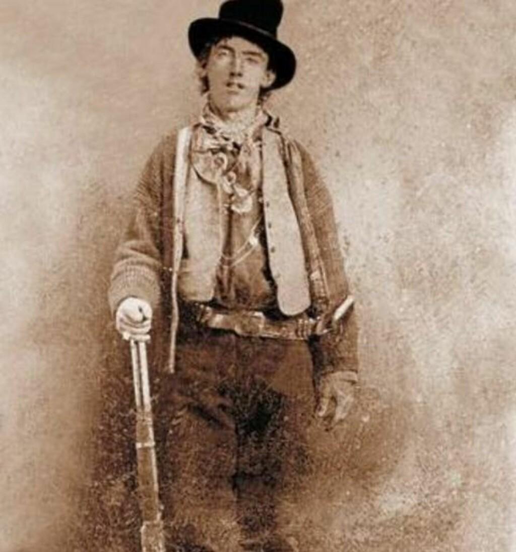 DRAPSMANN: Ifølge legenden skal Billy The Kid ha drept 21 menn. Historikere mener det dreier seg om mellom syv og ni ofre. Billy the Kid ble selv drept 21 år gammel.Foto: Wikimedia commons