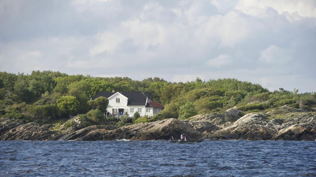 NYDELIG HYTTE: Kronprinsesse Mette-Marit har trolig besøk av Bill og Melissa Gates på Dvergsøya utenfor Kristiansand. Foto: Se og Hør