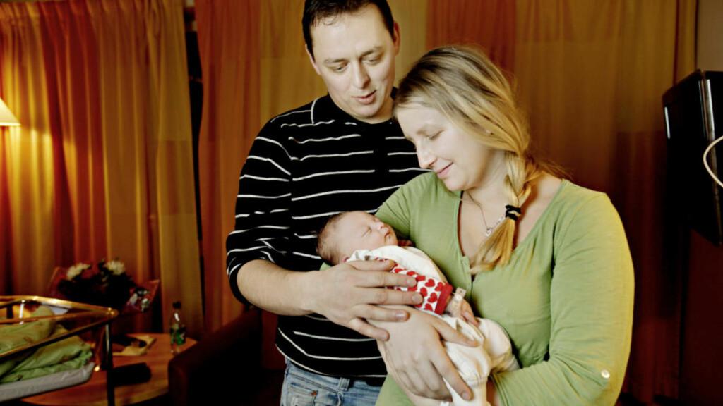 GODT TIMET: Termin var egentlig 8. januar, men lille Sanna Kristina (0) hadde dårlig tid og ble født like over midnatt nyttårsaften. Klokka 00.13 var den lille jenta født. Foto: Kristian Ridder-Nielsen