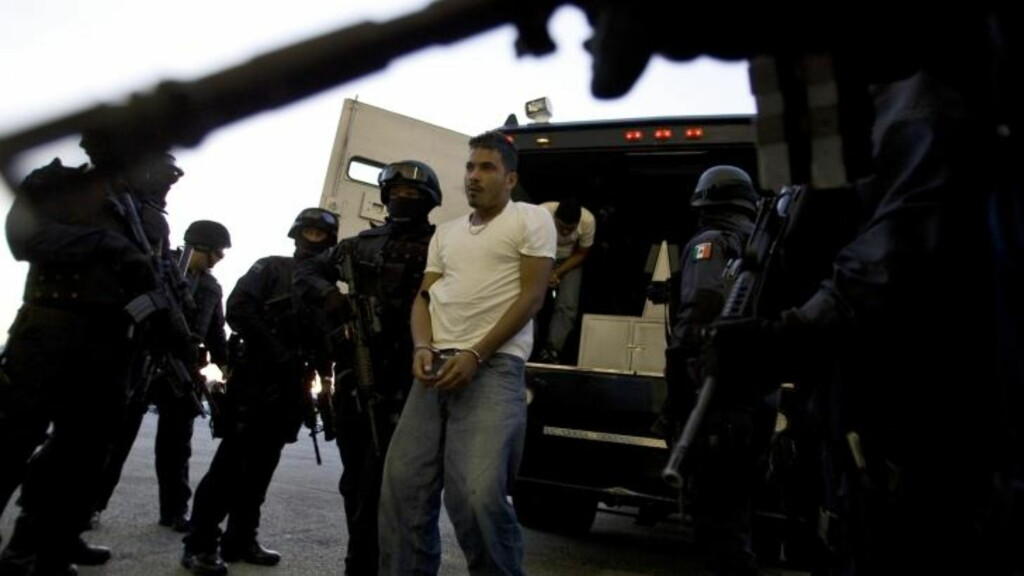 PÅGREPET: Jose Roberto Sanchez, «El Chivo», ble pågrepet i oktober i 2009. Foto: REUTERS/Jorge Dan/Scanpix
