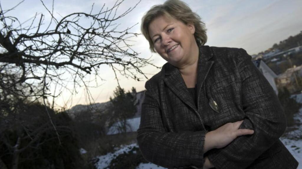 - LITE FRAMTIDSRETTET: Erna Solberg synes Jens Stoltenberg var blottet for nyheter. Foto: Tor Erik H. Mathiesen