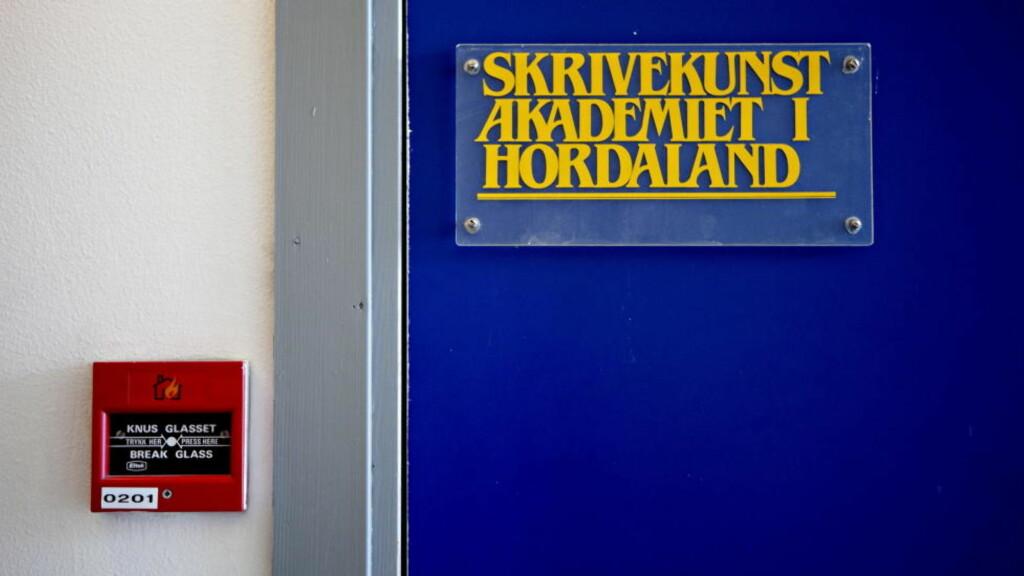 AVVIST: De aller fleste som meldes på, kommer med i innkjøpsordningen. Bøkene blir innkjøpt i 1000 eller 1550 eksemplarer, og fordelt til landets biblioteker. Forfatterspirene i Hordaland må imidlertid dyrke talentet litt til først. Foto: Lars Eivind Bones / Dagbladet