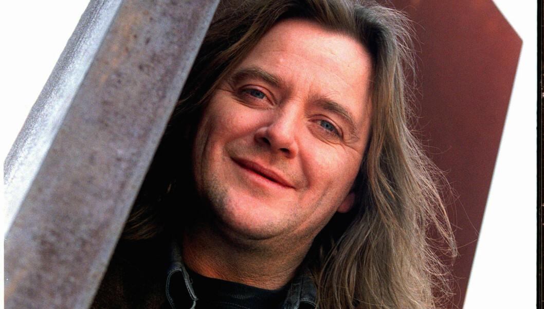 TALENTFULL: Kenneth Sivertsen debuterte med albumet «Einsamflygar» i 1983. Han ble siden en folkekjær artist, og døde brått i 2006 av hjerneslag. Foto: NTB scanpix