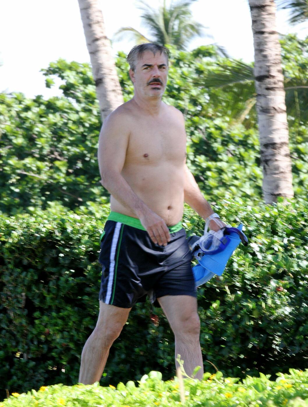 MR. BIG: Chris Noth var også Mr. Big på ferie i Maui.   Foto: FameFlynet